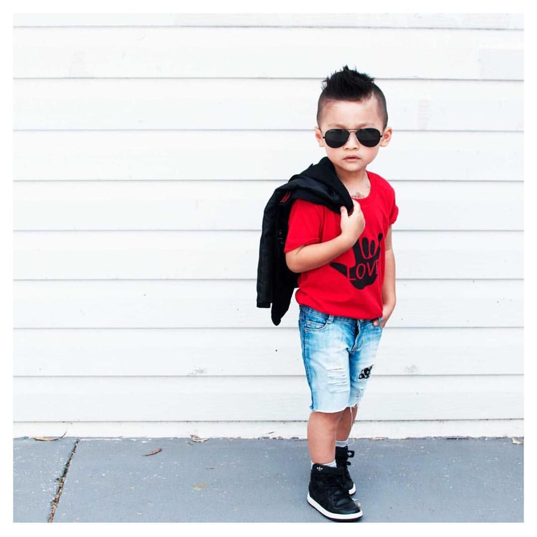 "Kids Fashion made with LOVE on Instagram: ""Whaaaat!!! I can't even . We just love seeing all your little babes styled in our gear. Evan is just too rad for words. Thanks @ethan.and.evan for sharing!!! #wearfamlove #love #ig_kids #trendykiddies #kidsfashion #kidzfashion #kidsootd #kidzootd #kidslookbook #aboutalook #cutekidsfashion #cutekidmodels #instatoddler #lifecapturesbysm #kidsstylezz #minilicious #kidsfashionbook #kidsfashionistamodel #newitkids #hipsterkidsstyle #minioutfits"""