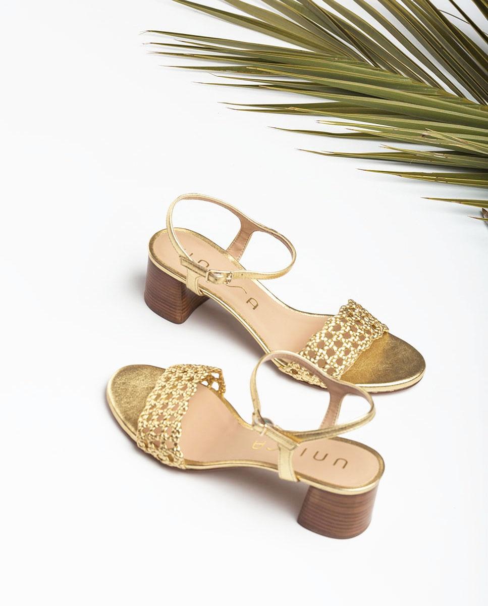 Sandale dorée tressagee en 2020 | Sandales tressées