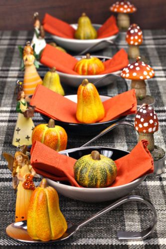 Halloween Table Decoration Ideas Pinterest Halloween table - halloween table setting ideas