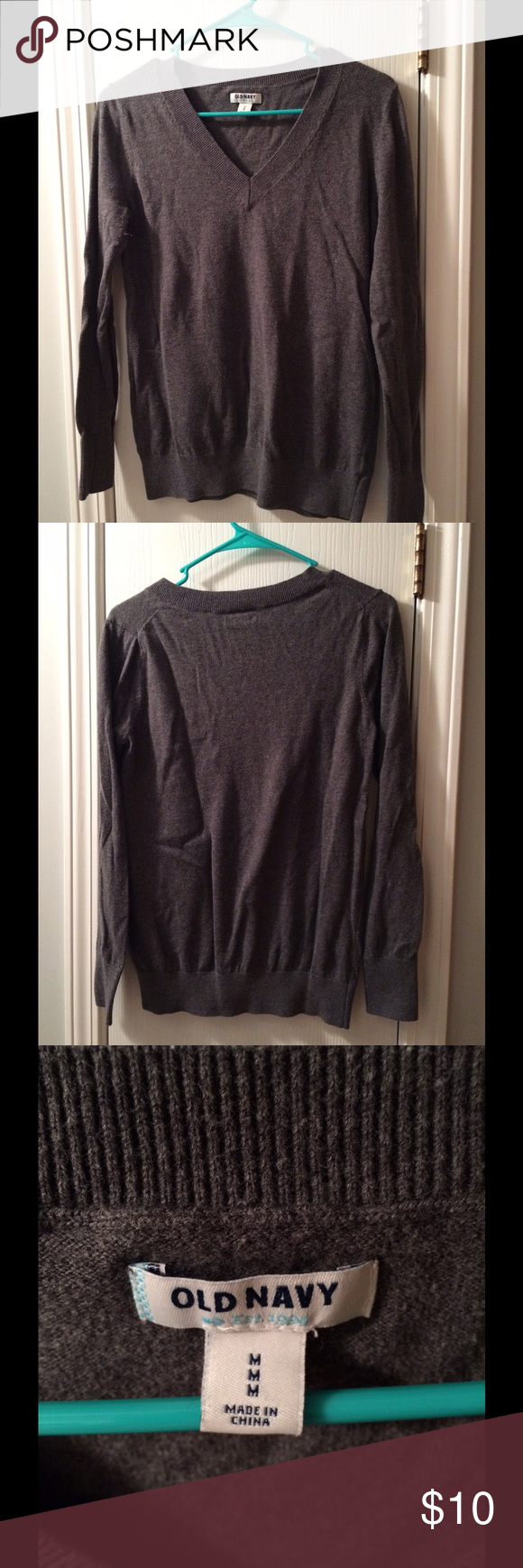 Womens Gray V-neck Sweater Pretty and soft. Perfect for layering. Great for winter. Old Navy Sweaters V-Necks