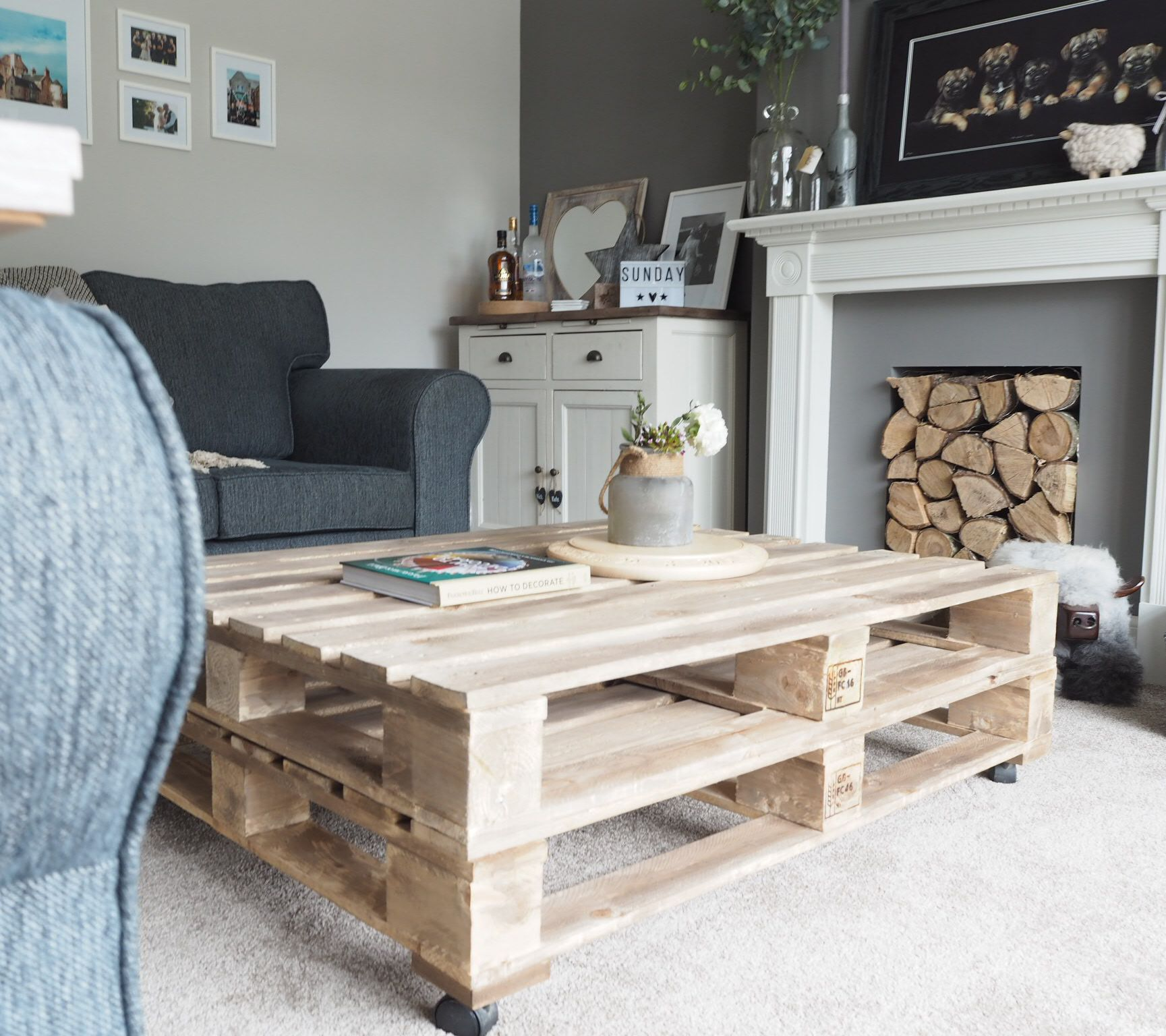 Diy Pallet Coffee Table Home Pinterest Pallet