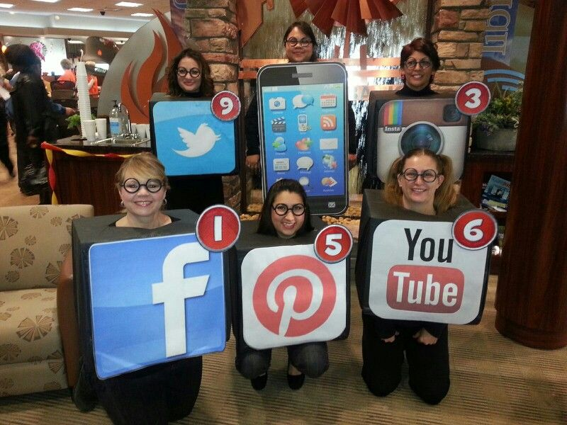 social media apps costume - Halloween Social Ideas
