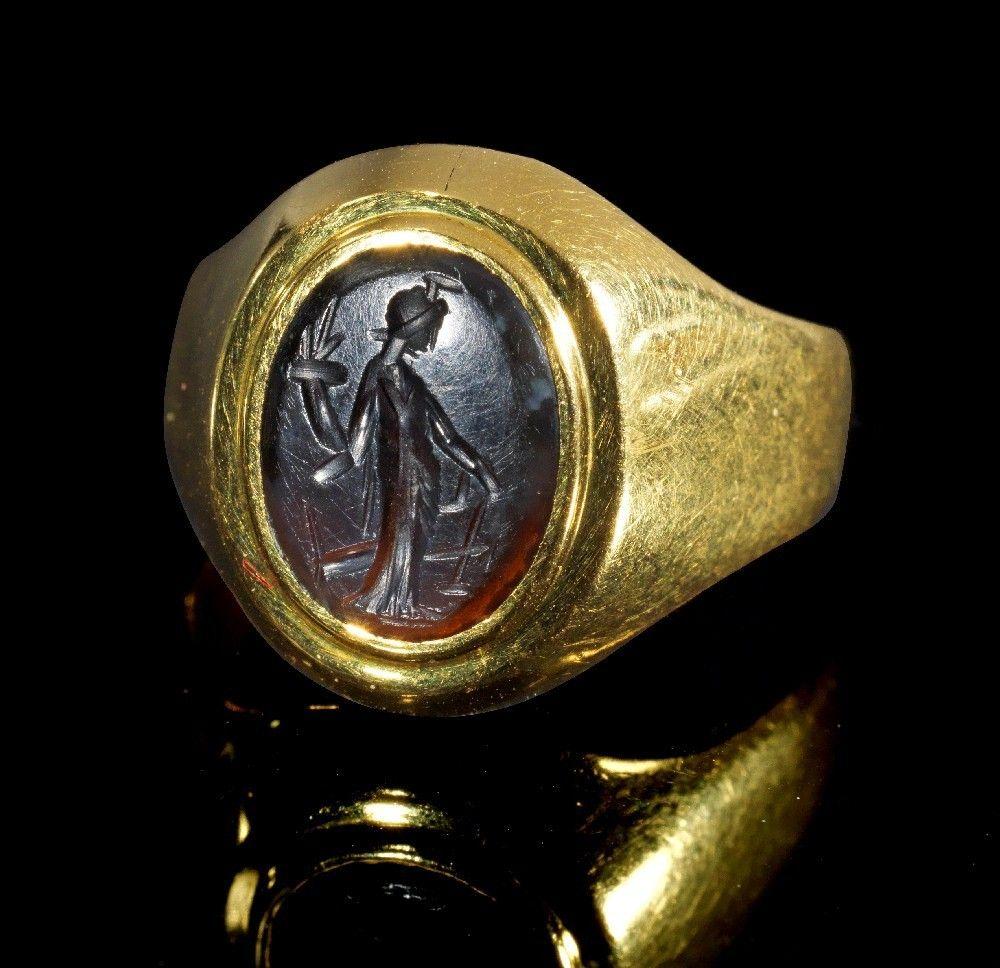 Goldring schmal  Moderner Goldring mit antiker Gemme. Gemme, römisch, 2. Jh. n. Chr ...