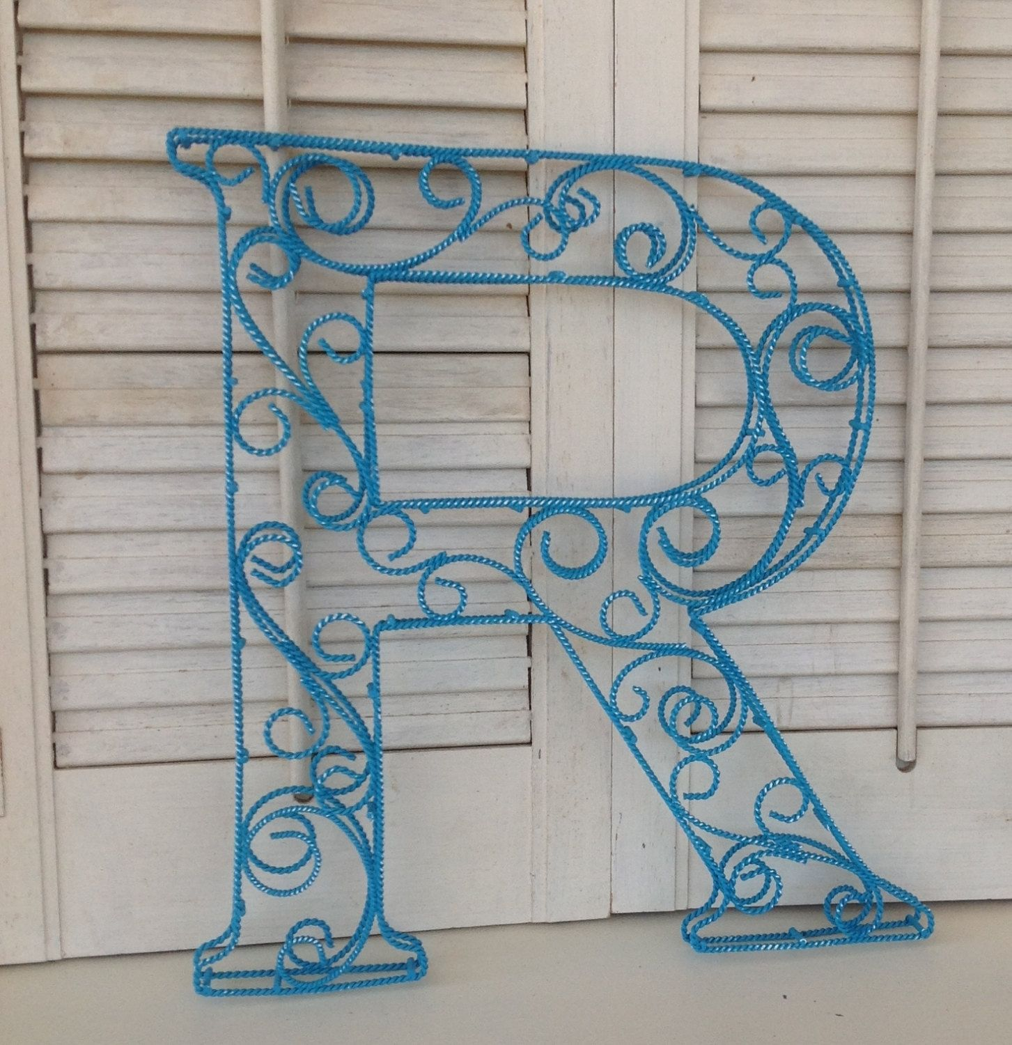 Scrolled Wire Letter R - Metal Wall or Shelf Decor | Gimme an "|1453|1500|?|en|2|0b367f492f96a6fcf9c2e1dc5b16fa53|False|UNLIKELY|0.3476003408432007