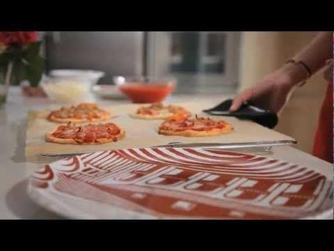 Vídeo Receta - Mini Pizzas de jamón y atún