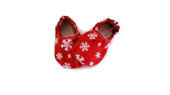 5adf0932a5fca Christmas baby booties, Christmas booties, Christmas baby gift, Baby ...