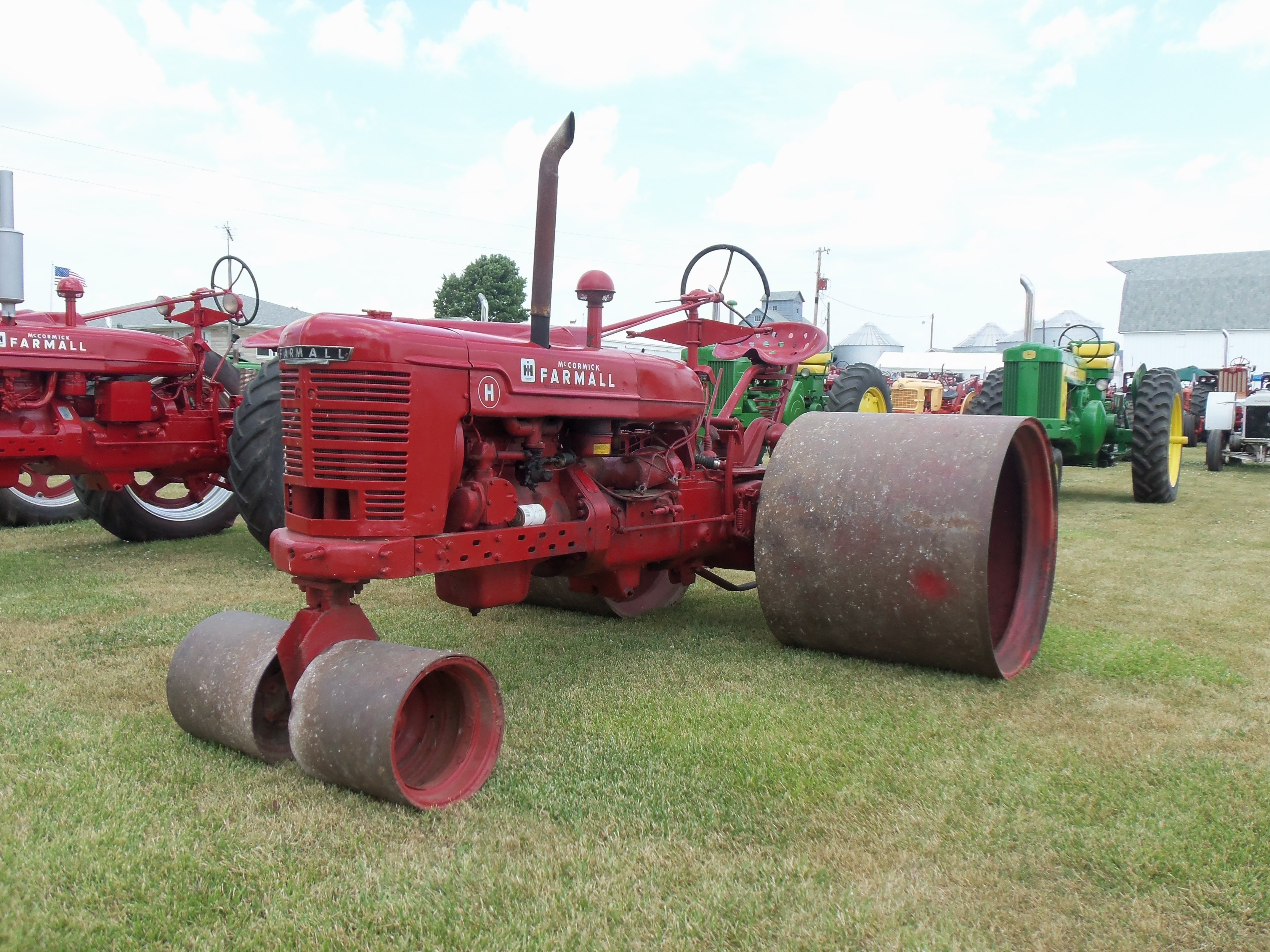 Farmall h or m talk about rollers