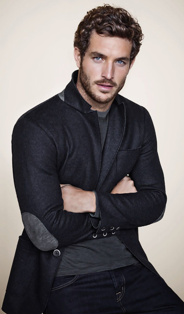 Justice Joslin American Former Football Player Turned Model Actor B 1987 Think He Would Make A Great Christian Grey Blue Eyed Men Justice Joslin Men