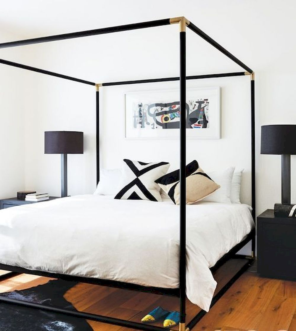 25 Ways To Style Your Canopy Bed | Black canopy beds, Home ...