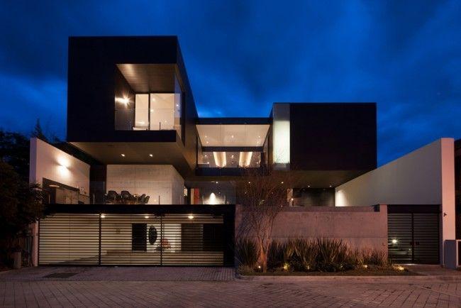 Maison contemporaine avec façade béton noir Architecture