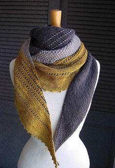 Der Schal hat tolle Farben und einen tollen Schnitt (von Melanie Berg)