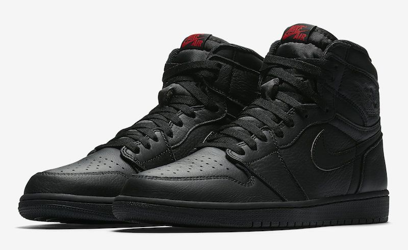 Air Jordan 1 High Triple Black | Air jordan, Sneakers i