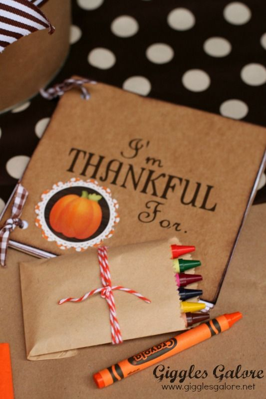 Whoo's Thankful Kids Thanksgiving Table Setting #thanksgivingtablesettings