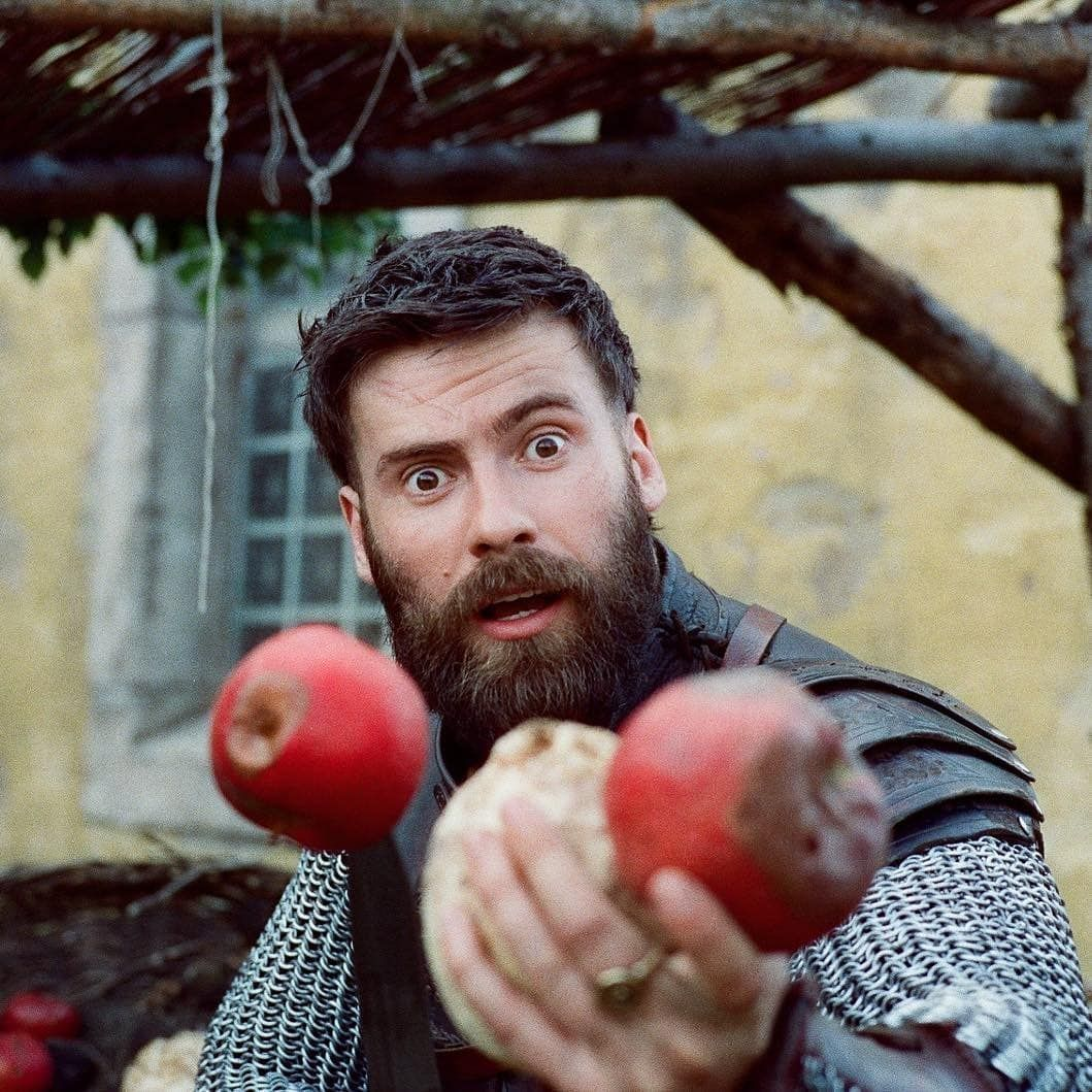 King Alfred Amp His Lady Thelastkingdom Alfred Aelswith