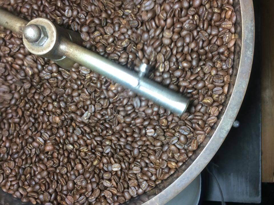ปักพินโดย LS World ใน Coffee Beans by LS