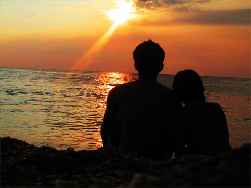 how long to leave before dating again