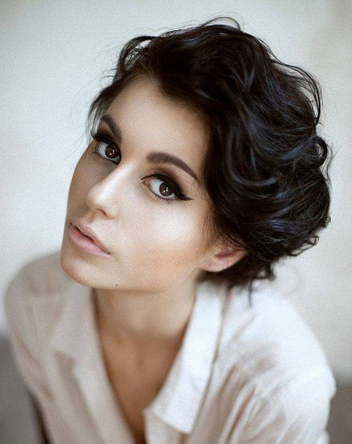 Short Curly Haircuts For Oval Faces I Wonder If I Could Style My