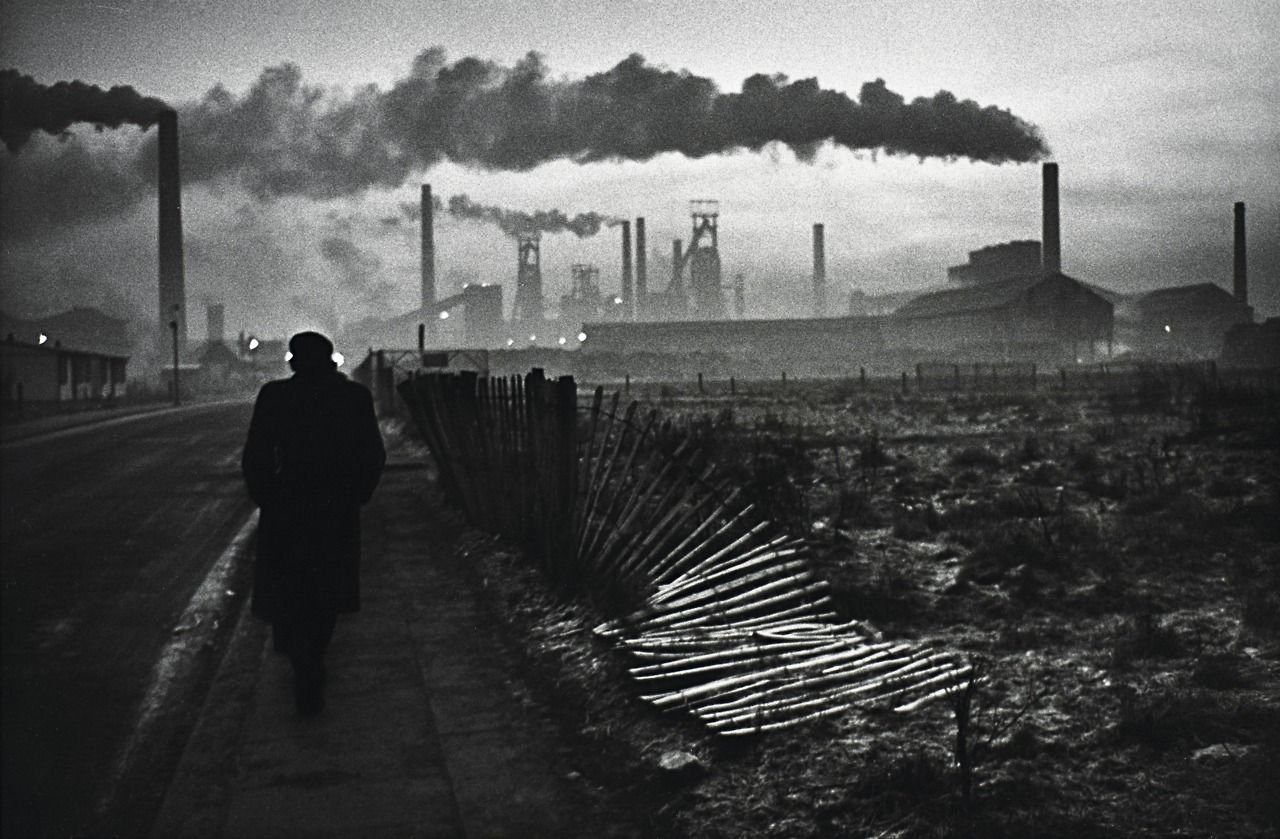 shihlun:  Don McCullin, Early morning, West Hartlepool, County Durham, 1963