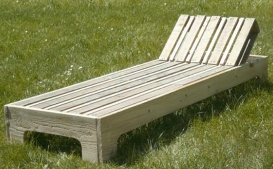 Loisirs créatifs  fabriquer une chaise longue en palette Shipping