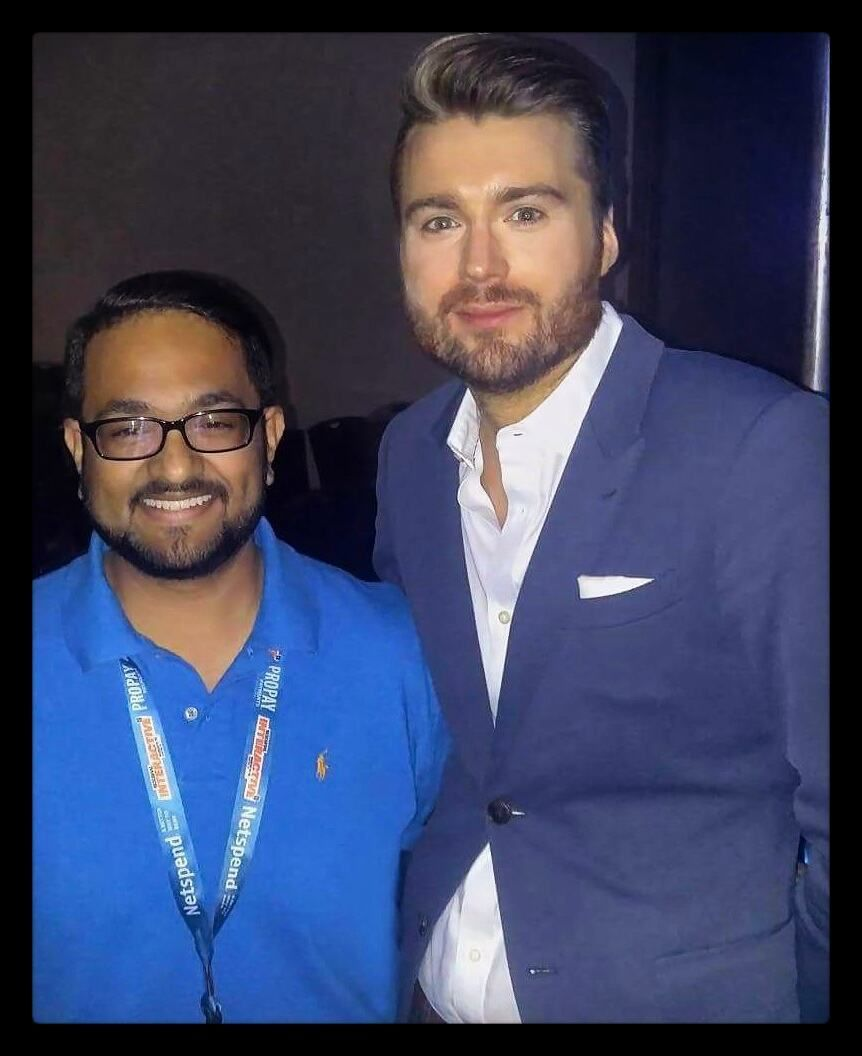 Absolutely stoked to have met the man himself!  @petecashmore the founding editor of @mashable ! Such a cool personality. He took the time out to chat and know more about Dubai.  #SXSW2016 #hksxsw #prdreams by rjmunna