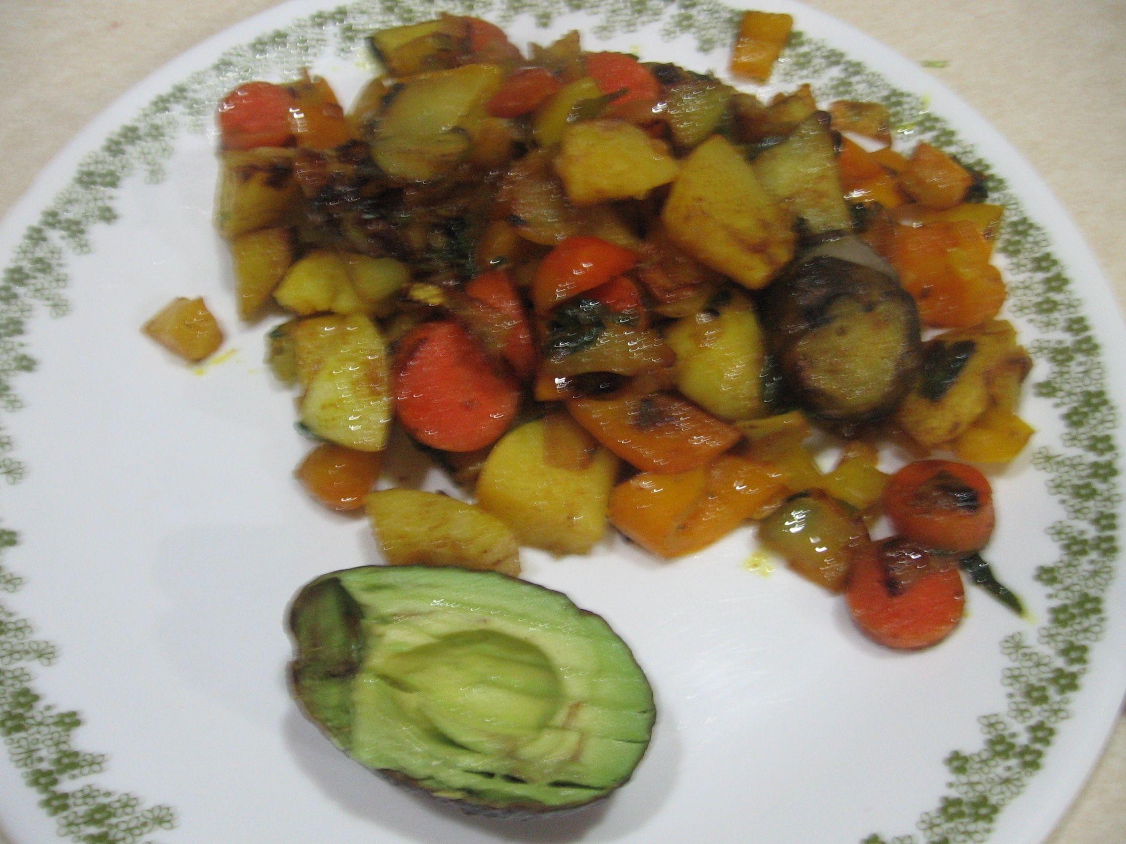 2310 Scored & pitted #avocado & #rootvegetable stew - #jerusalemArtichoke #yellowpotatoes #carrots #turnips #rhutabega #onions and #yellowbellpepper