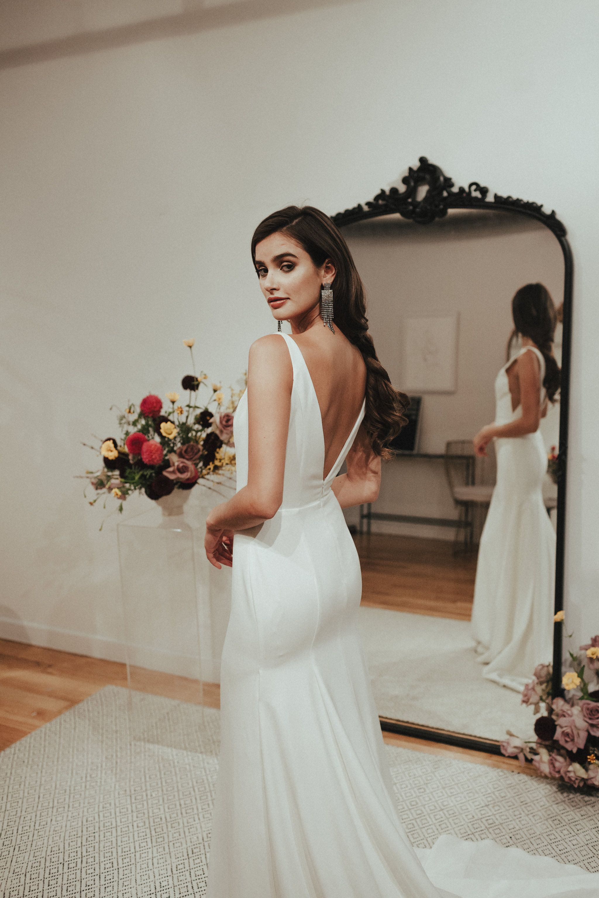 Wedding Dresses Disciplined Simple Elegant Mermaid Wedding Dresses Off The Shoulder Crepe Informal Reception Bridal Gowns Corset Back High Quality Custom