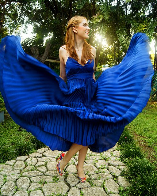 Loving the unexpected shoes! -- #fashion #pleated