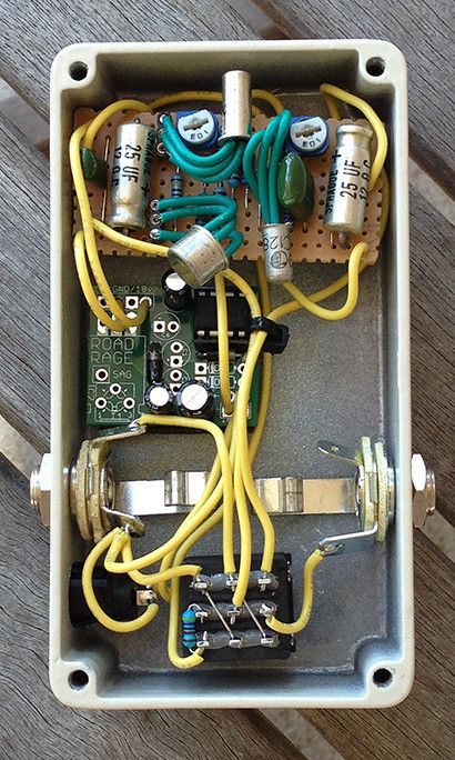 diy tonebender mki guts diy guitar pedal builds diy guitar pedal guitar pedals pedalboard. Black Bedroom Furniture Sets. Home Design Ideas