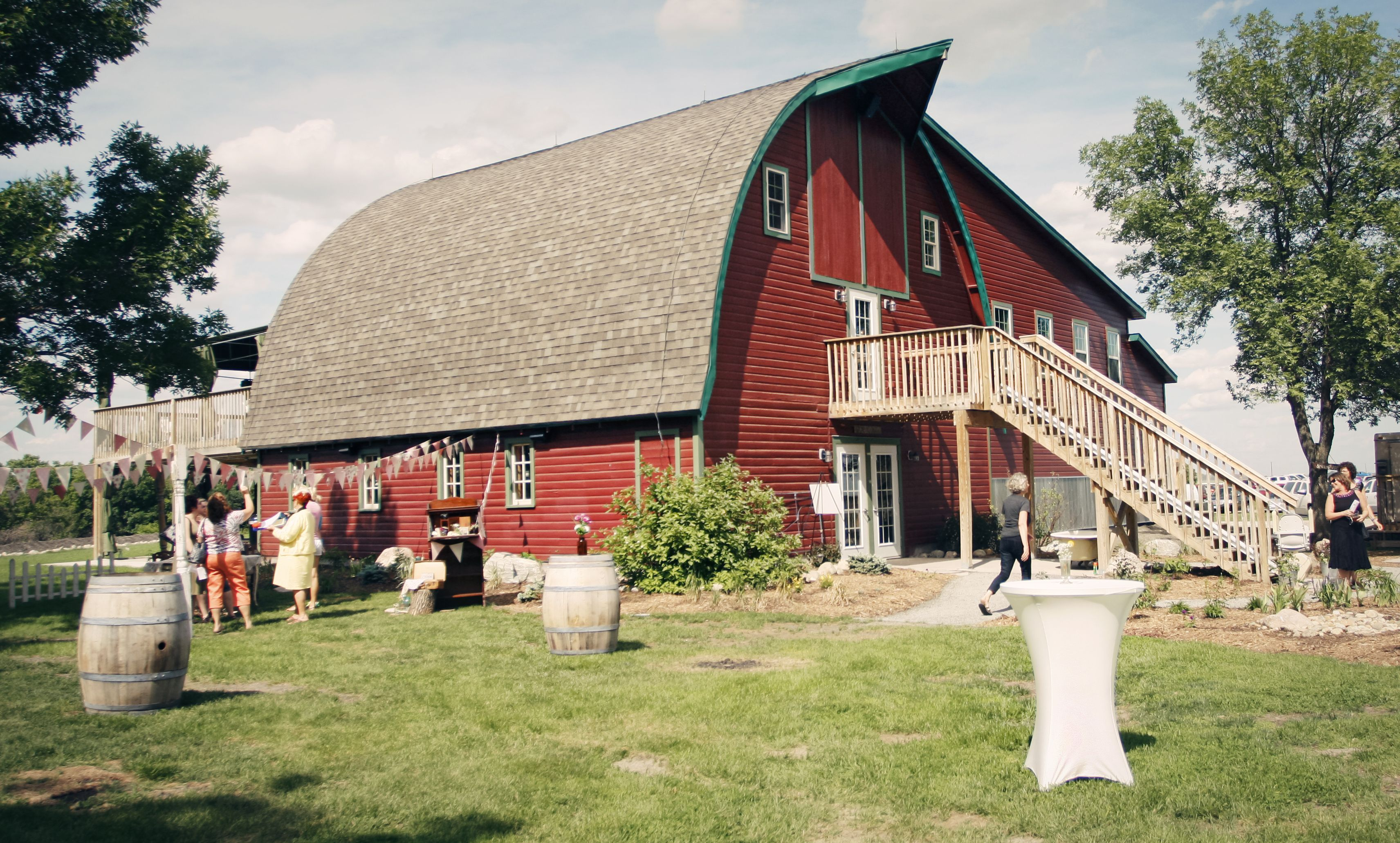 farm wedding venues minneapolis%0A Rustic Oaks is a beautiful  wedding venue in  Moorhead   Minnesota  It u    s