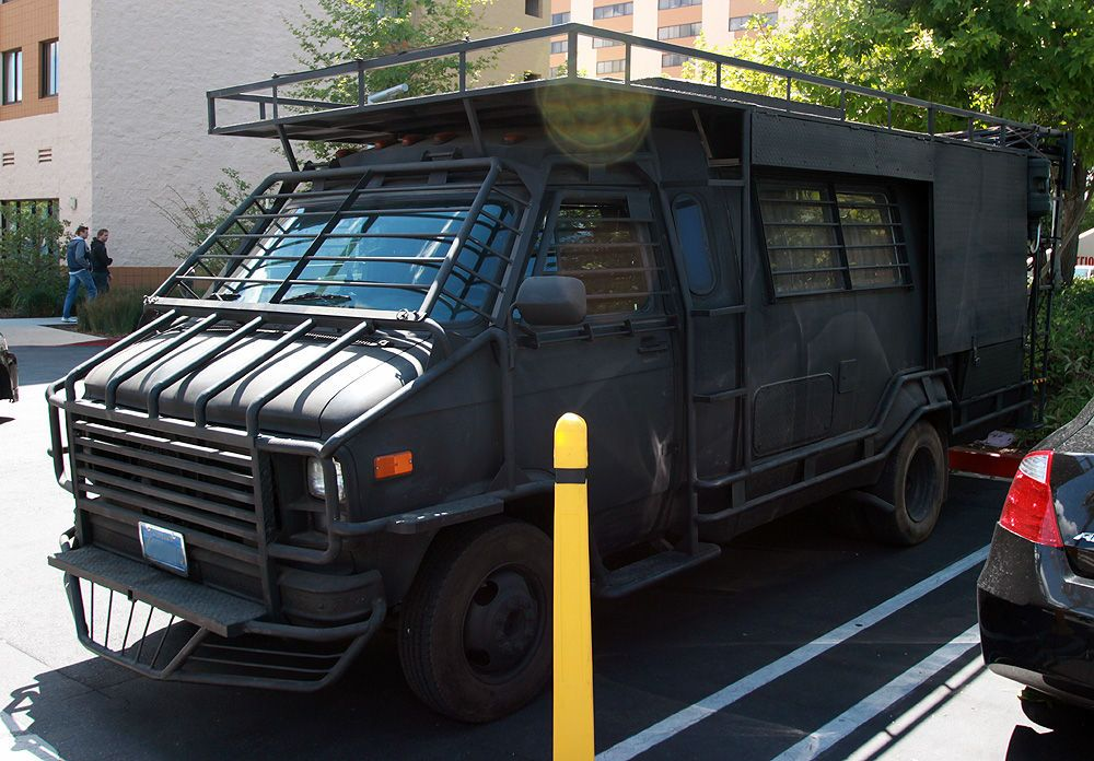 Zombie van | Zombie vehicle, Doomsday prepper, Vehicles