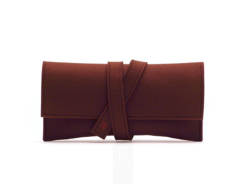 """Soft brown felt for this clutch inspired by traditional Japanese Obi belt, also perfect as a wallet or tabac box.  • Size: approx. 20,5 cm x 10,5 cm (8"""" x 4""""). • Materials: Italian high quality felt. • All items in my shop are entirely hand-made only by me in my studio in Rome, Italy."""