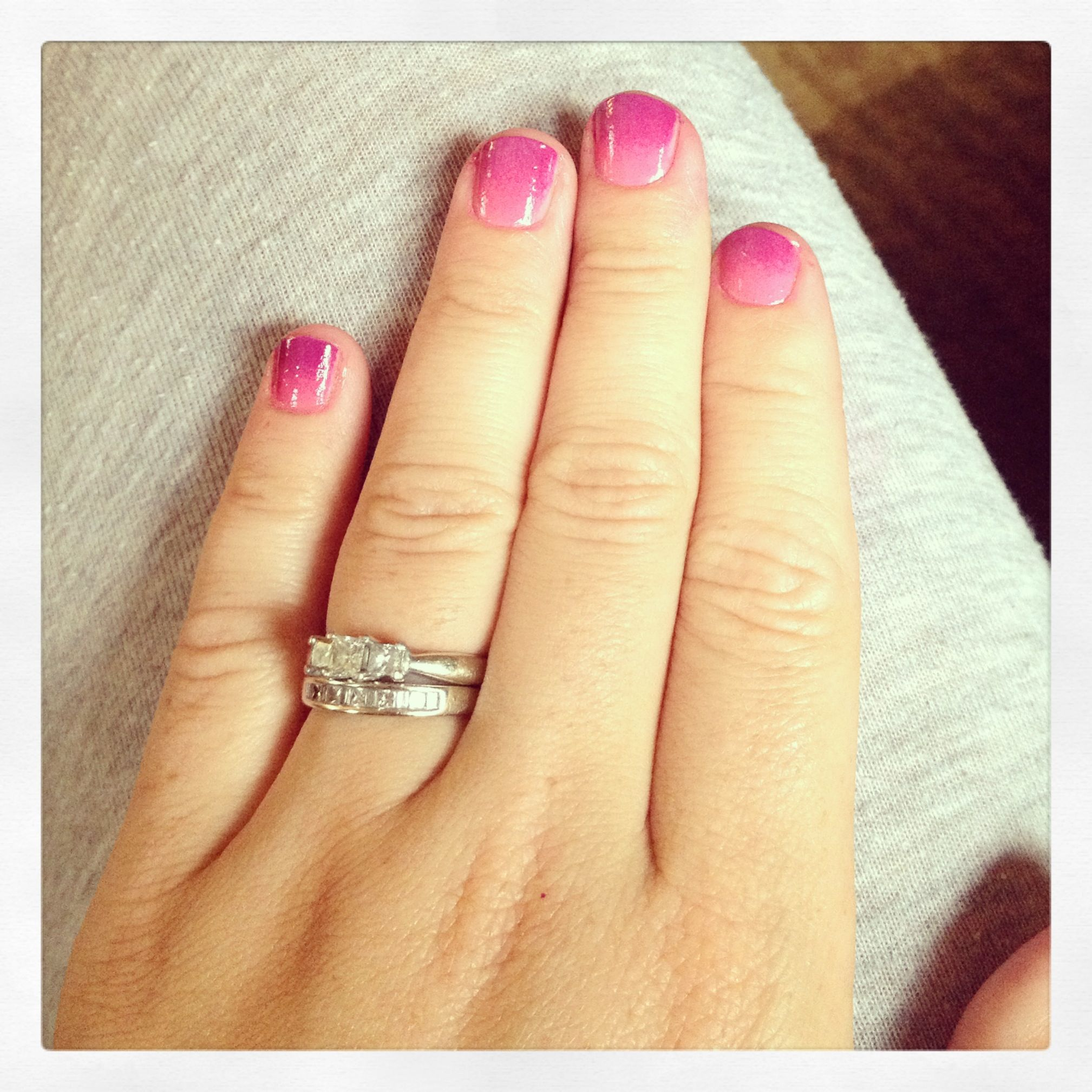 DIY ombré nails (paint stripes from light to dark onto a