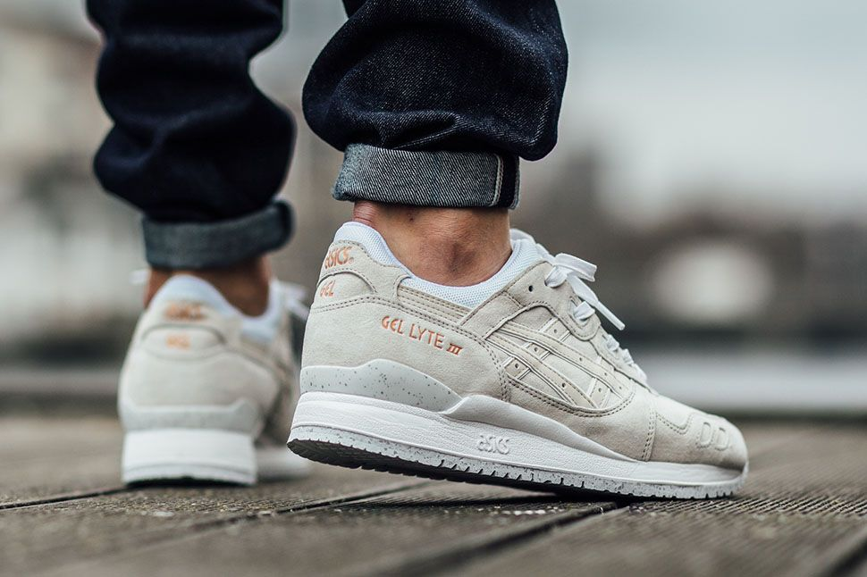 asics gel lyte iii rose gold on feet