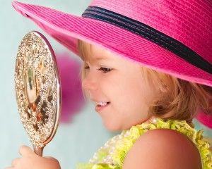toddler fun! #toddlers, #twoyearolds, #hats, #girls www.portraiturebypaula.com