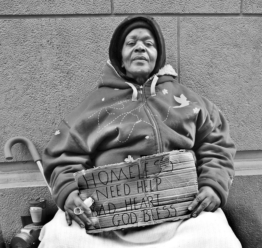 Pin By Georgina H Escobar On Beacons Look Book Black Women Homeless Women