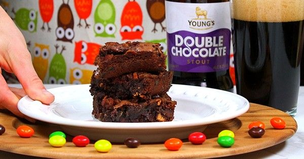 Peanut Butter Bacon Beer Brownies Are The Ultimate Father's Day Dessert