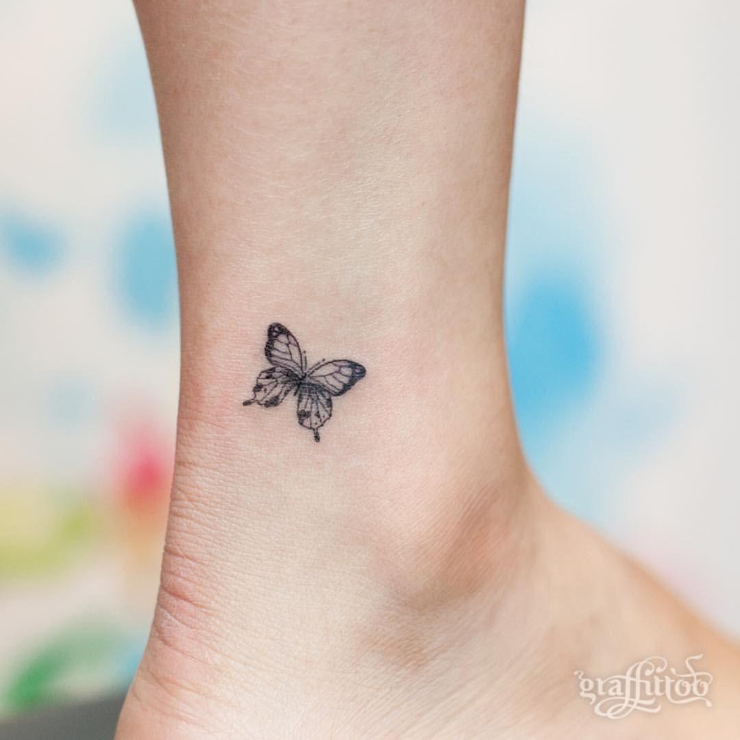 "Photo of 타투이스트 리버의 그라피투 on Instagram: ""Small butterfly :) – #타투 #그라피투 #타투이스트리버 #디자인 #그림 #디자인 #아트 #일러스트 #tattoo #graffittoo #tattooistRiver #design #painting #drawing #art #Korea…"""