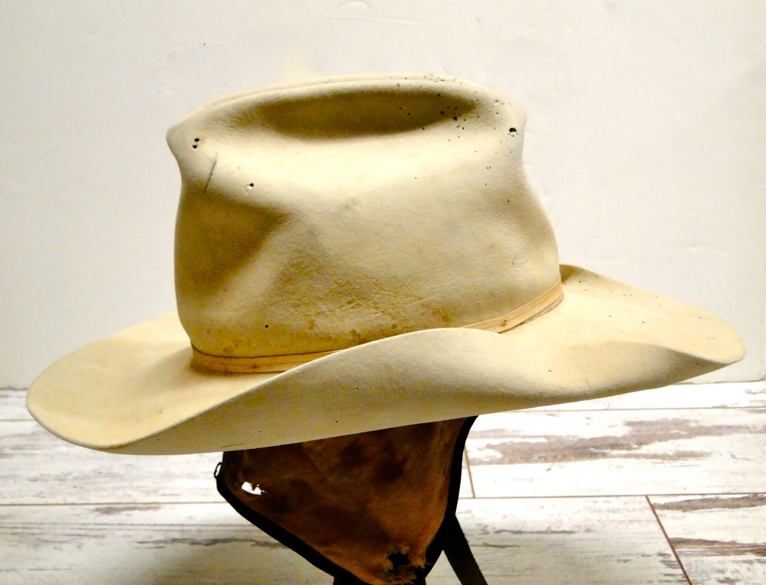 273b2ee5b Vintage Stetson Low Crown Raw Edge / Button On Ear Warmers / Ft ...