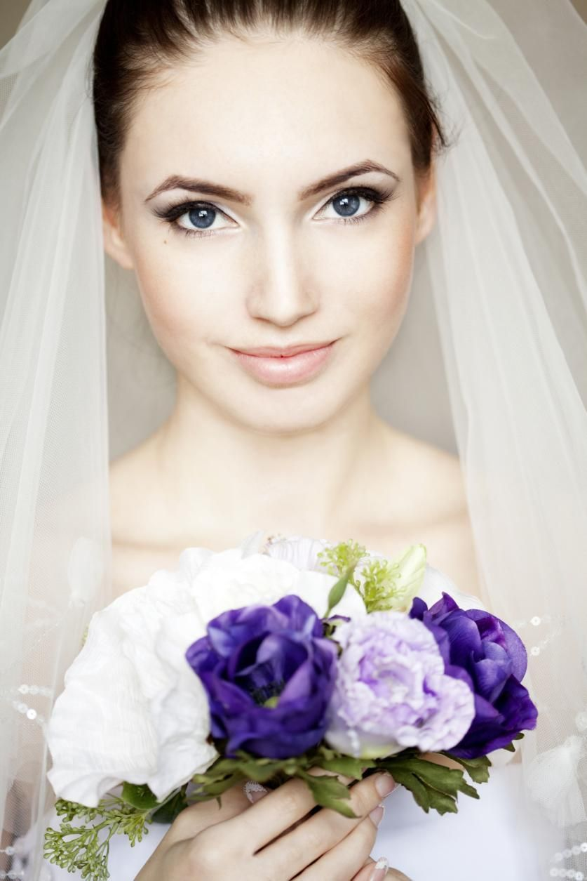 How to Pick a Makeup Artist for Your Wedding | Wedding season ...