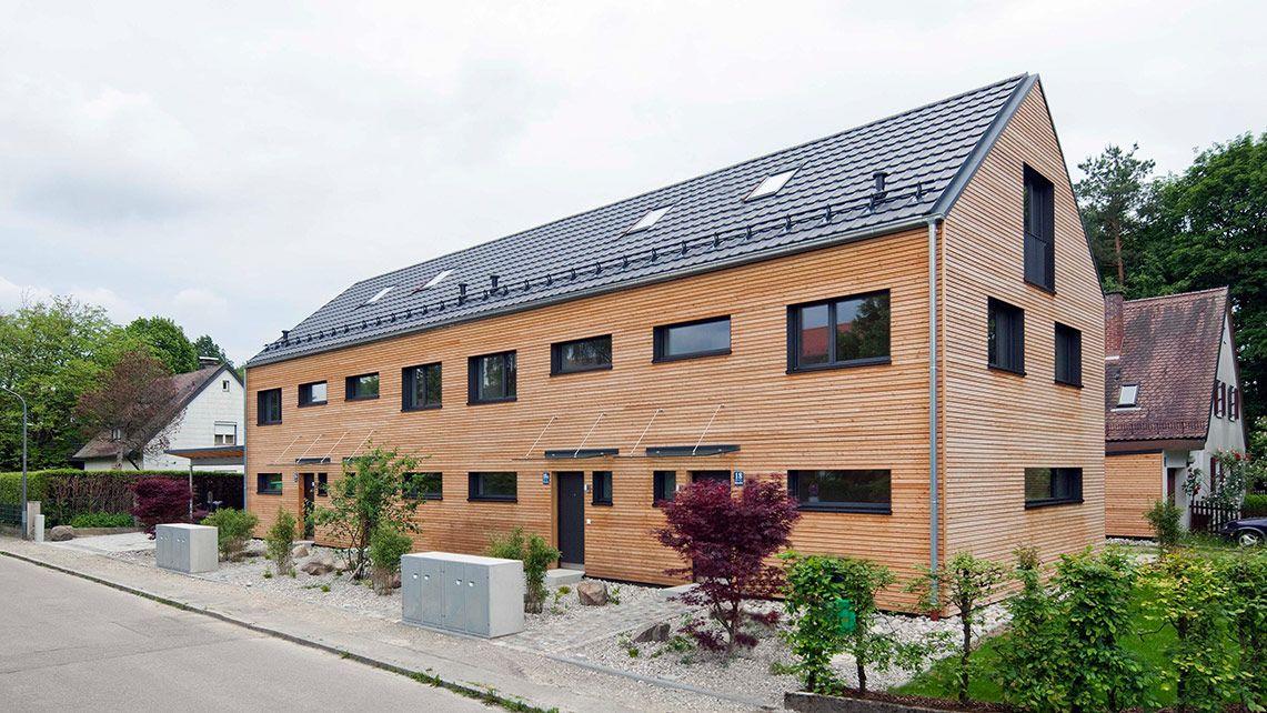 Reihenhaus in München • Holzhaus • 323 qm Wohnfläche