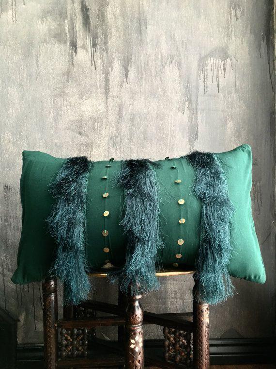Moroccan Emerald Green Wedding Blanket Fringe Tassel Pillow Boho Pillow Tribal Handira Berber Fringe Pil Fringe Pillows Boho Pillows Wedding Blankets
