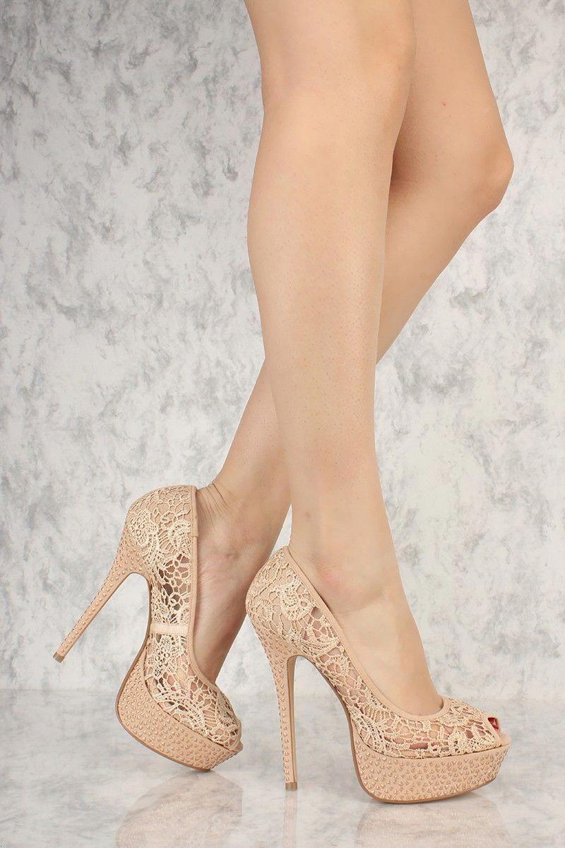 Heels, High heel pumps, Pumps
