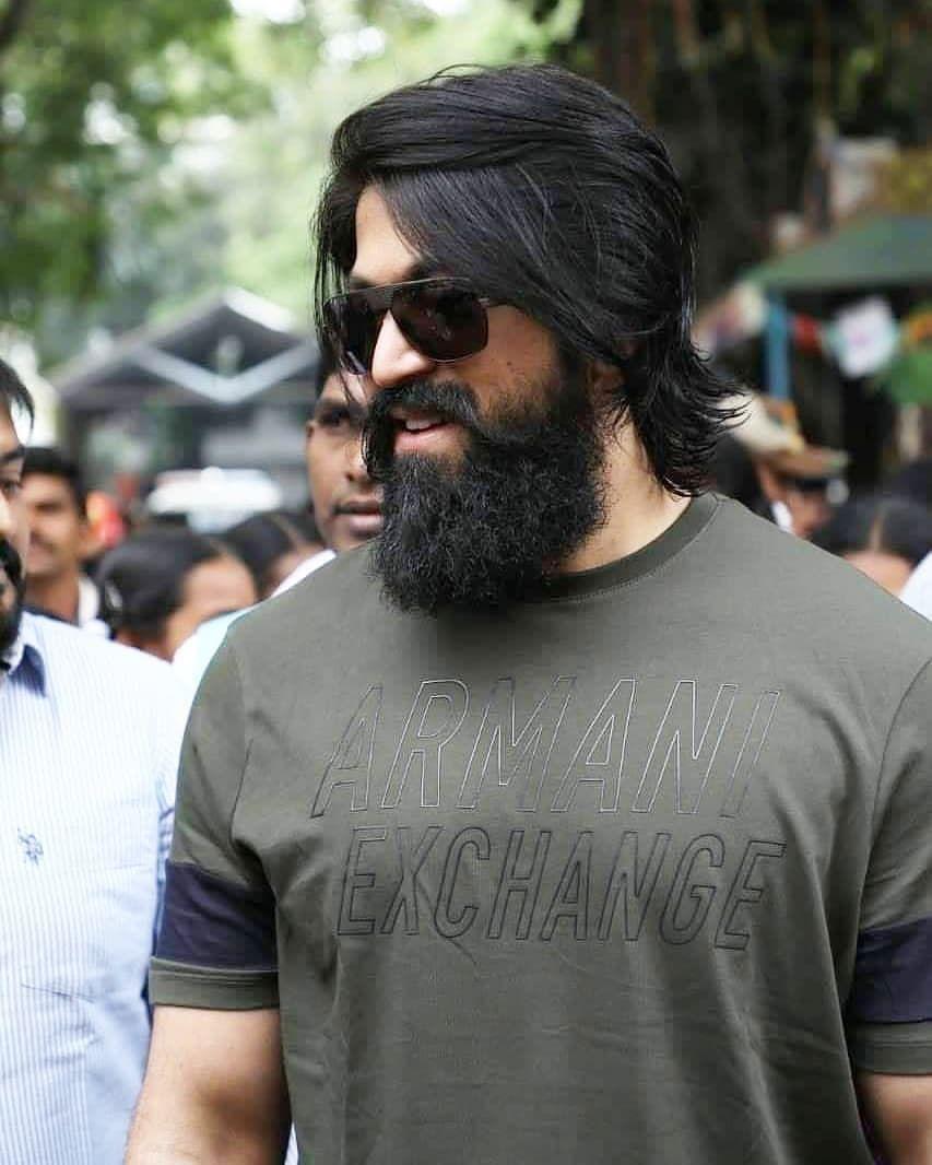 Rocky Bhai Followme Yash Official Yash Official Kgf Rockingstaryash Boss Rockingstaryas Beard Styles For Men Long Hair Beard Beard Look