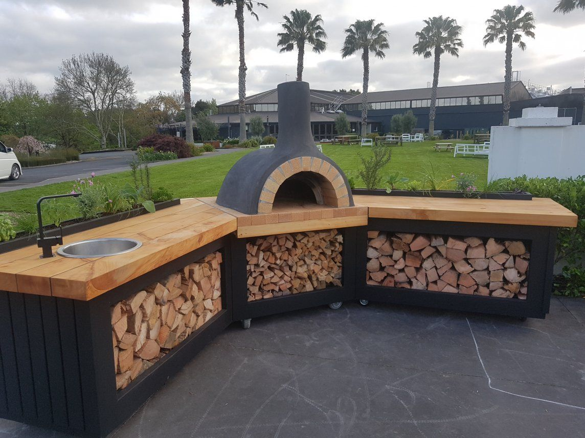 Outdoor Corner Kitchen By Love Outdoor Kitchens Pizza Oven
