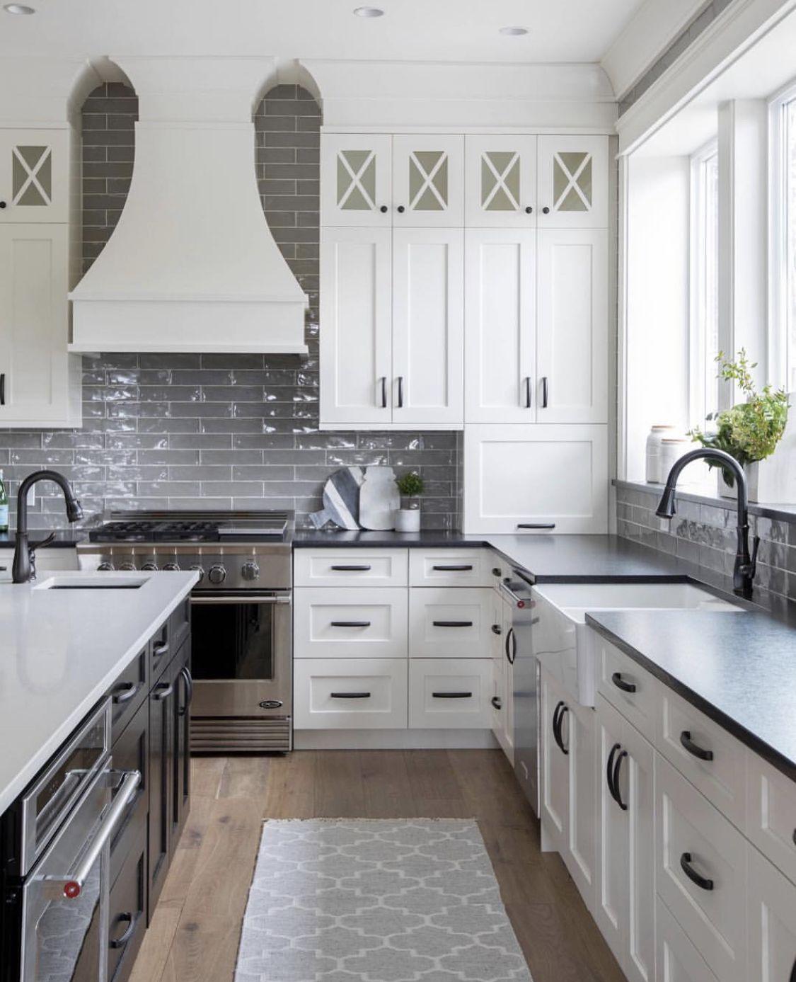 Grey And White Kitchen Modernfarmhouse Kitchen Kitchen Layout Kitchen Interior Gray And White Kitchen