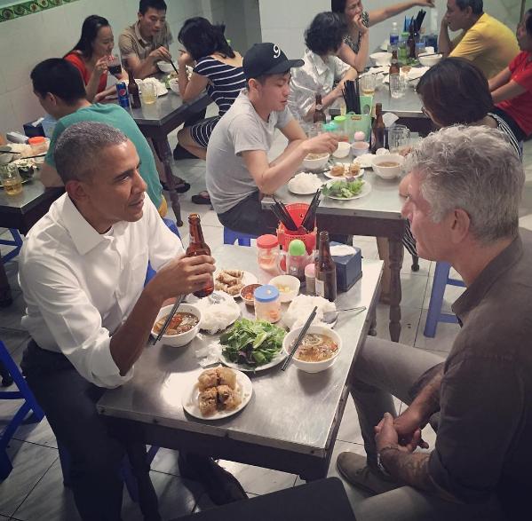 Anthony Bourdain e Obama a cena in Vietnam | Rivista Studio