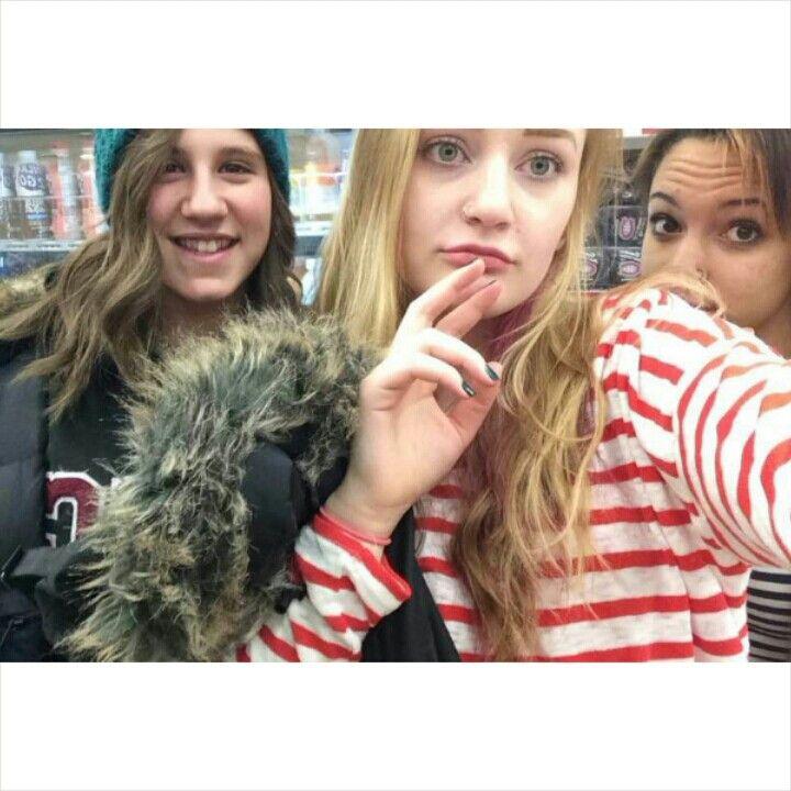 J'aime aller le center commercial avec mes amis