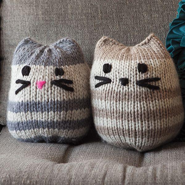 12 Weeks of Gifting – Free Mini Kitty Pouf Pattern! (Knit Picks Blog ...