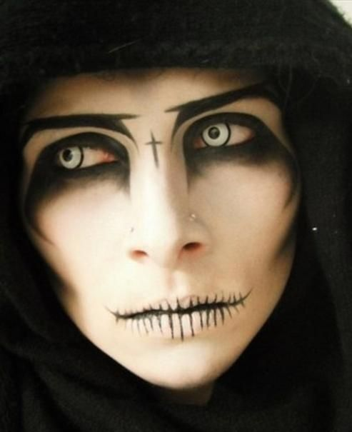 Pin by ~~ Halloween ~~ on Make Up- Scary Pinterest Scary - halloween horror makeup ideas