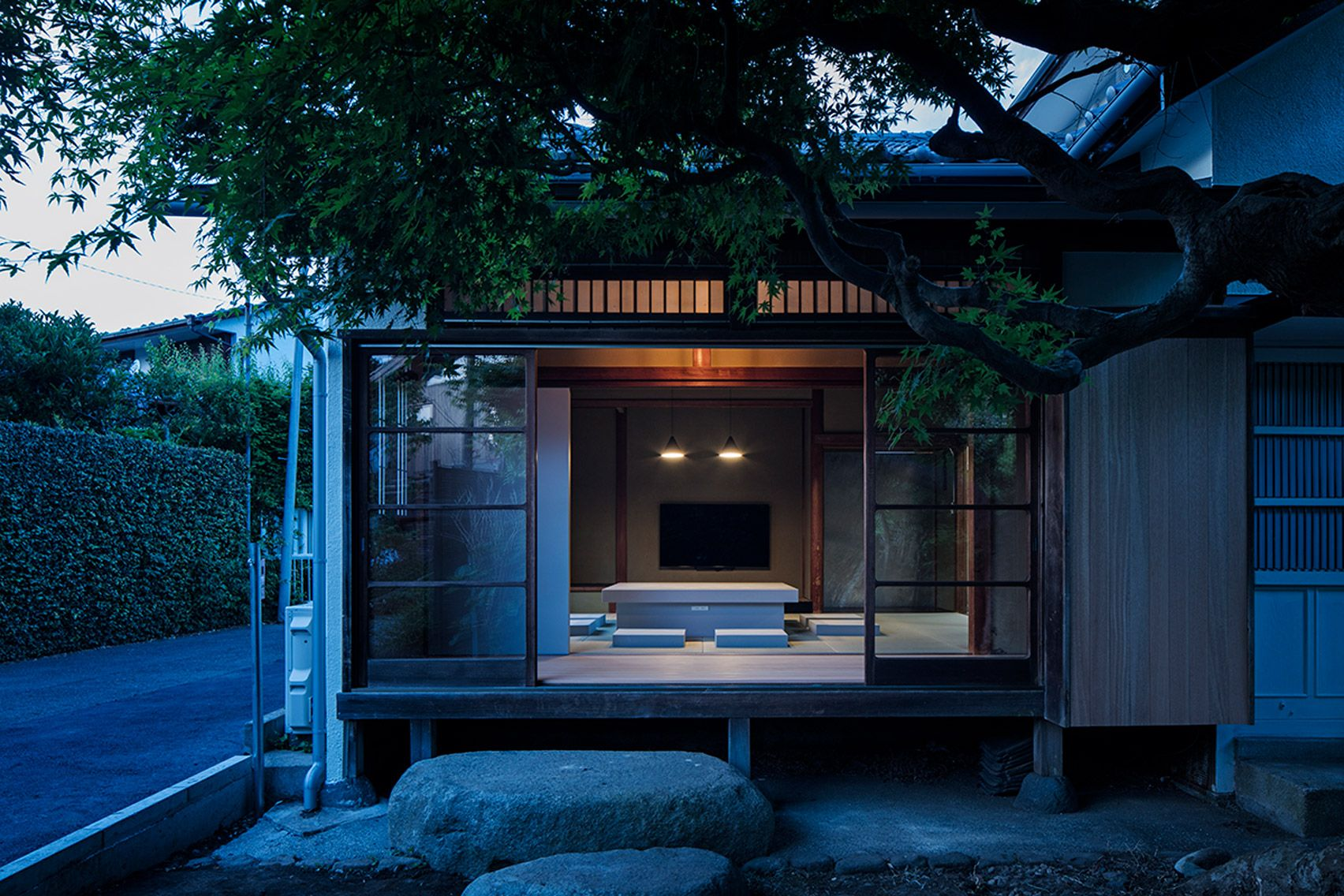 Schemata Architects Contrasts Original Features With Modern Interventions For Japanese